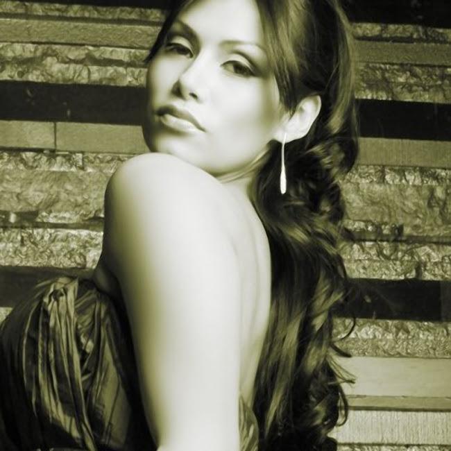 Renata Gonzalez Foto 222