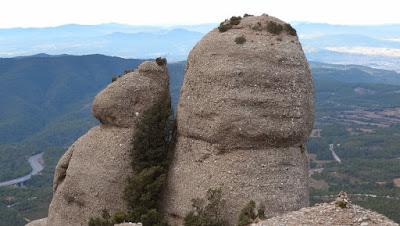 Les Savines, Montserrat