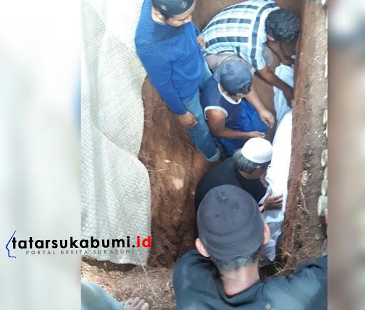 Korban Tewas Tertimpa Pohon Tumbang di Warungkiara Sukabumi
