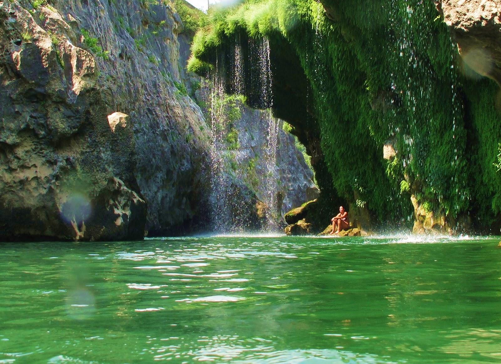 H rault insolite cascade de l 39 ventail - Endroit paradisiaque dans le monde ...