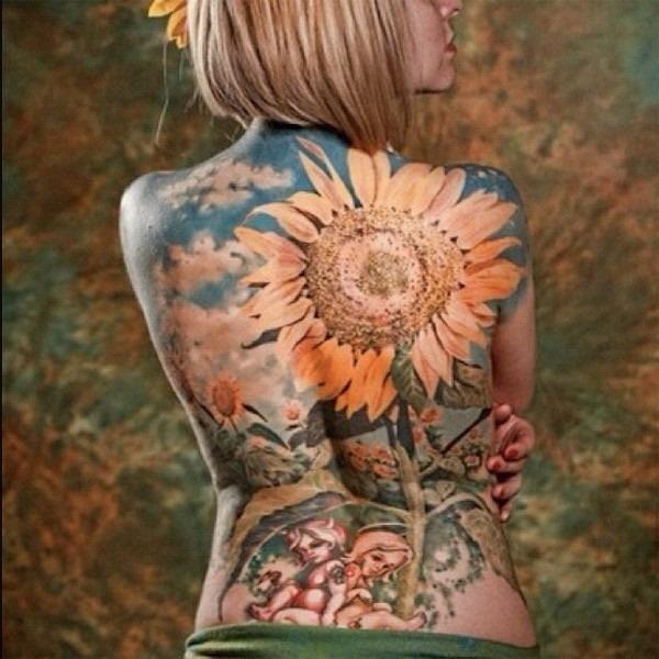peça_de_volta_a_tatuagem_de_girassol