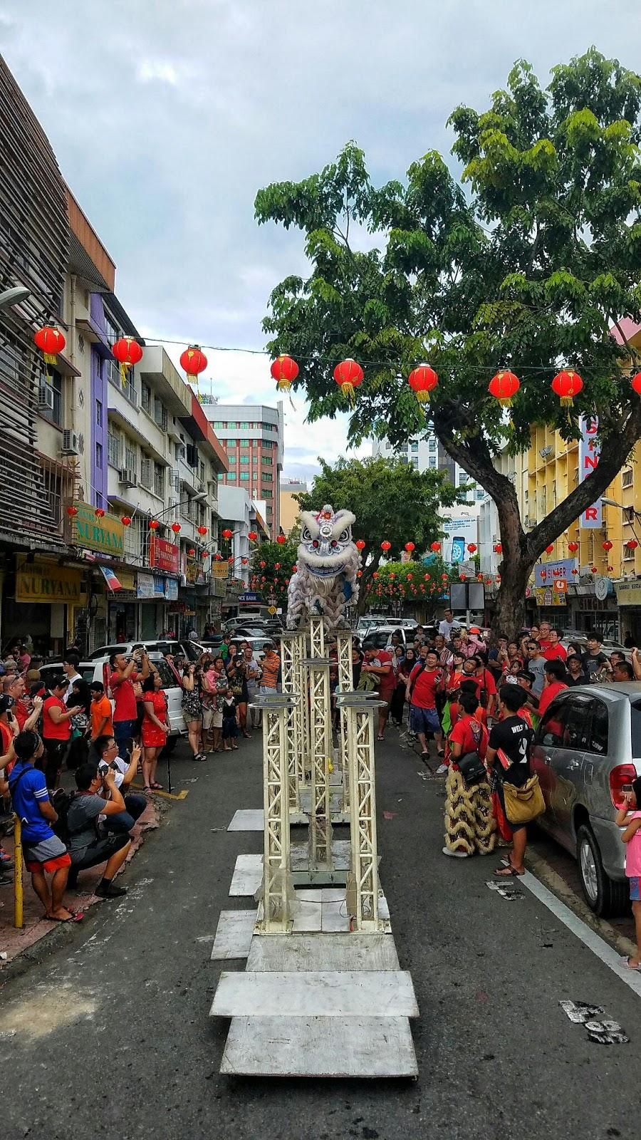 jalan gaya kota kinabalu sabah malaysia chinese new year