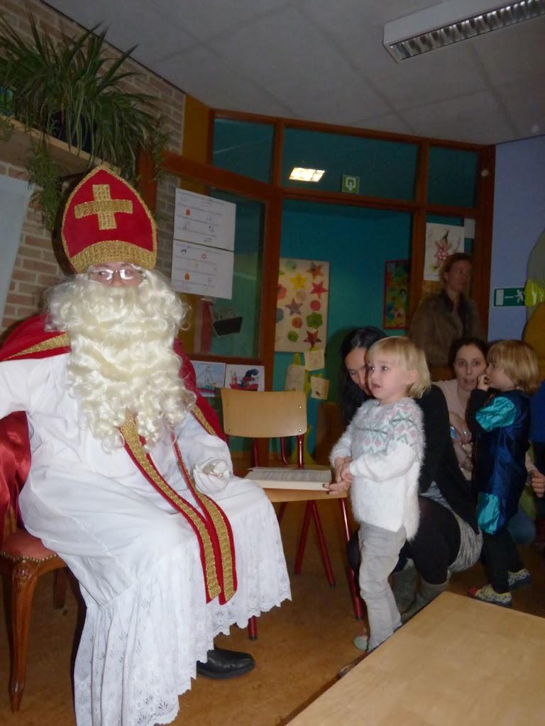 Sinterklaas op bezoek - P1060517.JPG