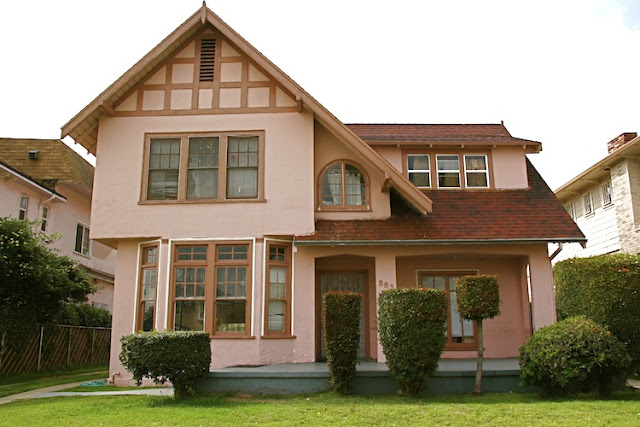1920 - Craftsman / Tudor Revival