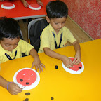 Making A lady Bug Activity by JR.KG (2013-14)
