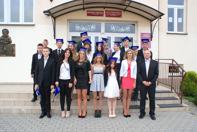 Pożegnanie klas 3 gimnazjum - DSC03187_1.JPG