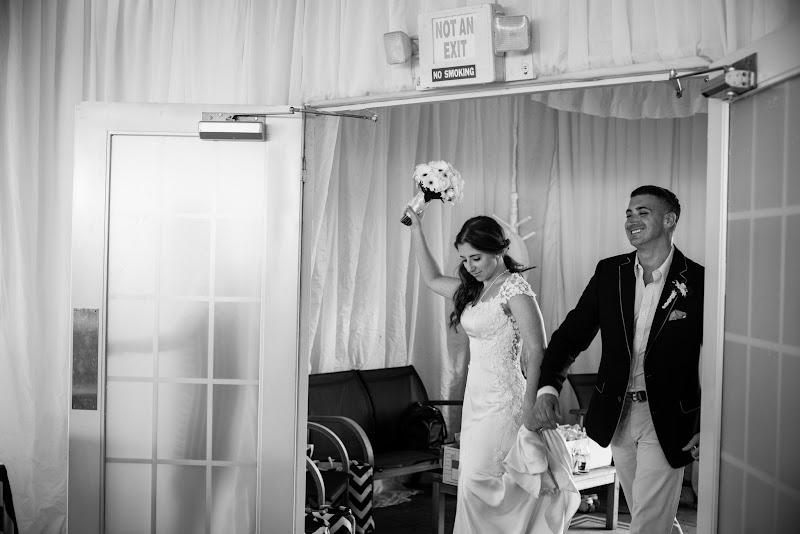 Vanessa and Anthony - Blueflash Photography 398.jpg
