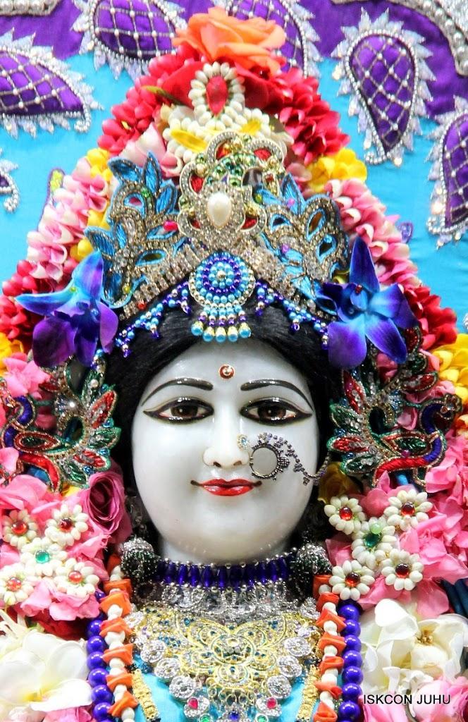 ISKCON Juhu Sringar Deity Darshan 17 Aug 2016 (7)