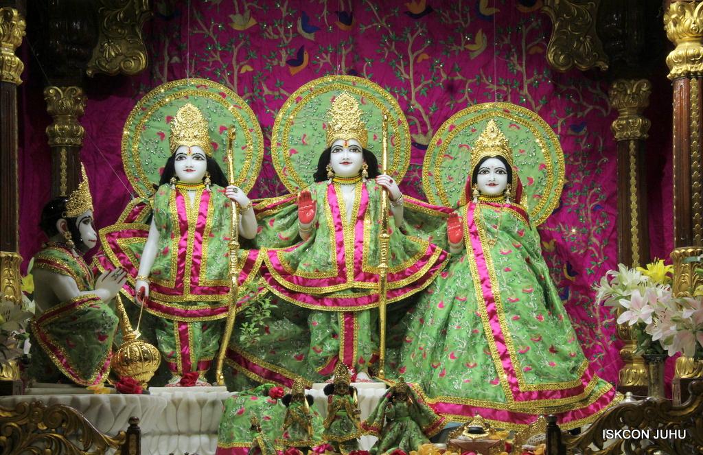 ISKCON Juhu Mangal Deity Darshan on 23rd Oct 2016 (2)