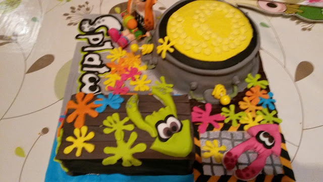Excellent Fricingonthecake Page 3 Cakes By Neil Funny Birthday Cards Online Inifofree Goldxyz