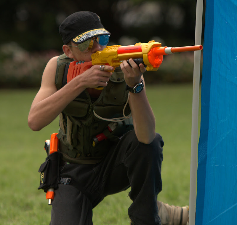 Kelvin Grove war pictures: December 18th   Picture heavy... Nerf%2Bwar%2B013