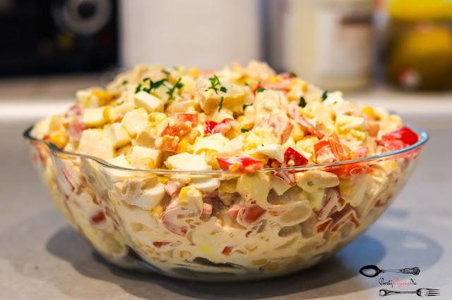 sałatki, sałatka z jajkiem,sałatka z pieczarkami marynowanymi,sałatka z papryką marynowaną,sałatka z kukurydzą,szybka sałatka