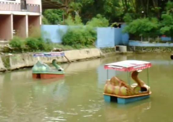 berita foto video sinar ngawi terbaru: Taman wisata Tawun Dipadati ribuan warga perantau asal Ngawi
