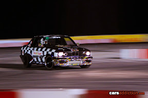 BMW E30 sideways drift