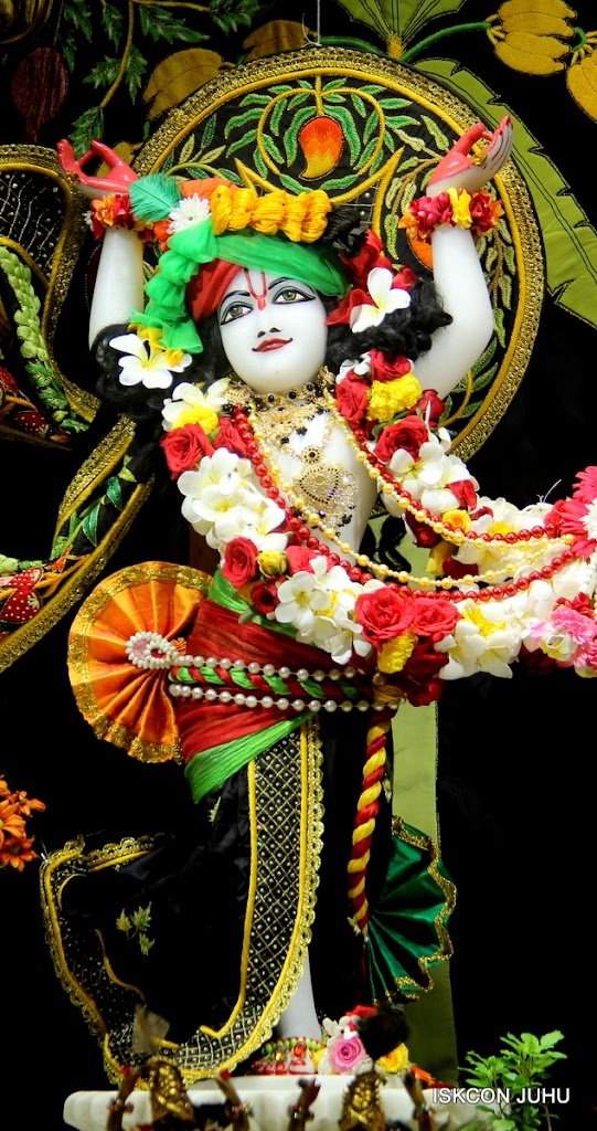 ISKCON Juhu Sringar Deity Darshan on 2nd July 2016 (36)