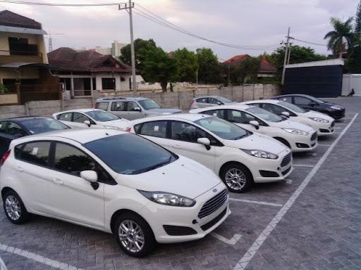 Ford Surabaya on