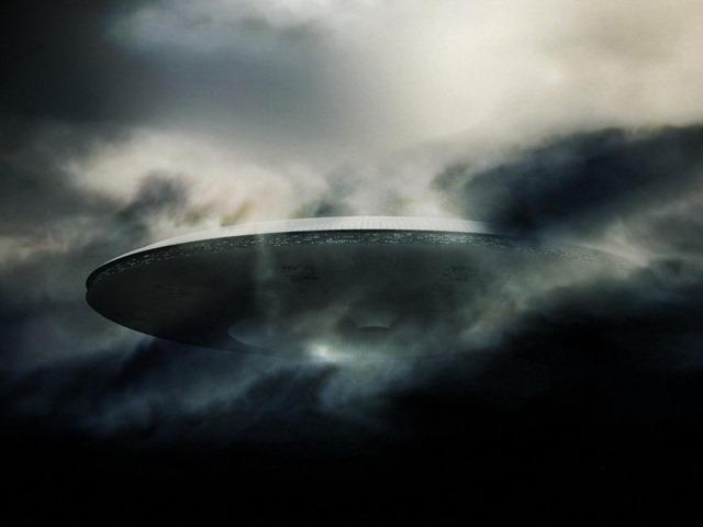 ufo by jhero 08