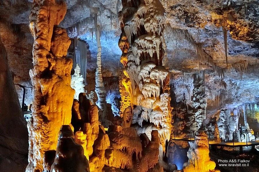Сталактитовая пещера Сорек. Экскурсия Монастыри в Иудейских горах и сталактитовая пещера Сорек, гид Светлана Фиалкова.