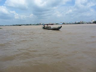 0032A_Day_on_the_Mekong