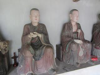0042Ngo_Quyen_Temple