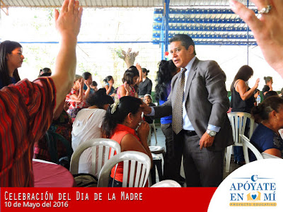 Celebracion-del-Dia-de-La-Madre-2106-19