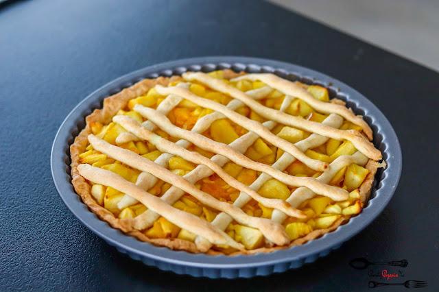 ciasta i desery, tarta, tarta na słodko, tarta z owocami, tarta z jabłkami, tarta z pomarańczami, tarta z galaretką