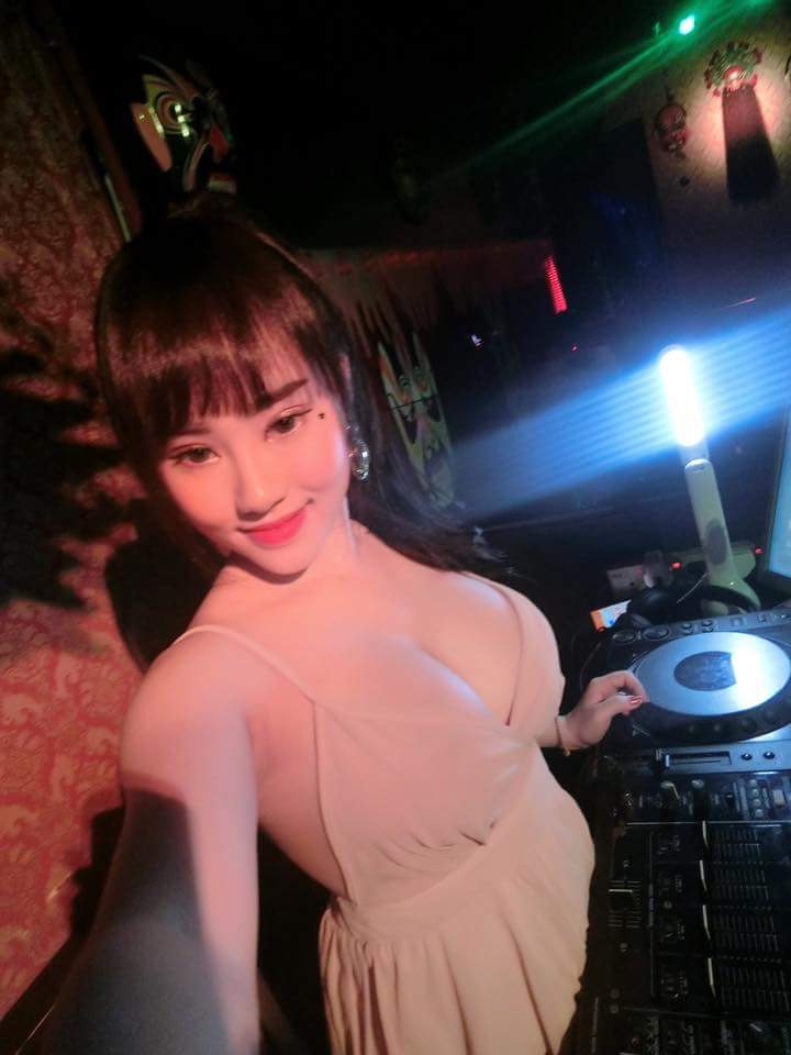 hot girl dj my be bong 17