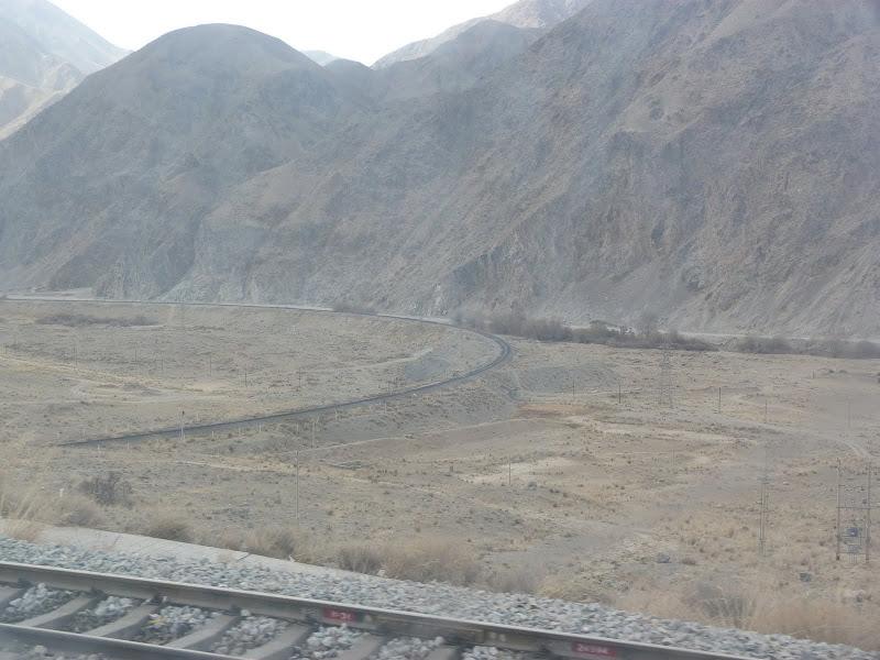 XINJIANG. 23 heures de train de Turpan a Kasghar - P1280110.JPG