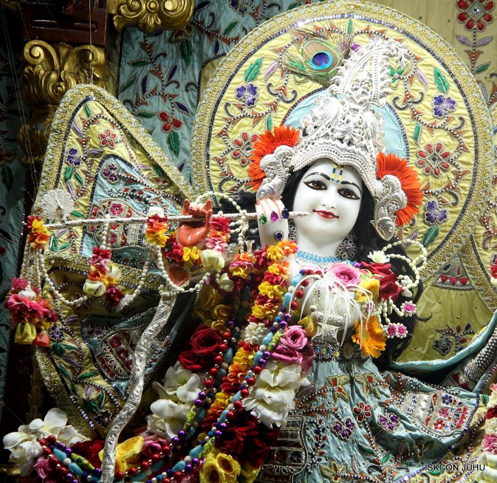 ISKCON Juhu Sringar Deity Darshan on 3rd Aug 2016 (9)