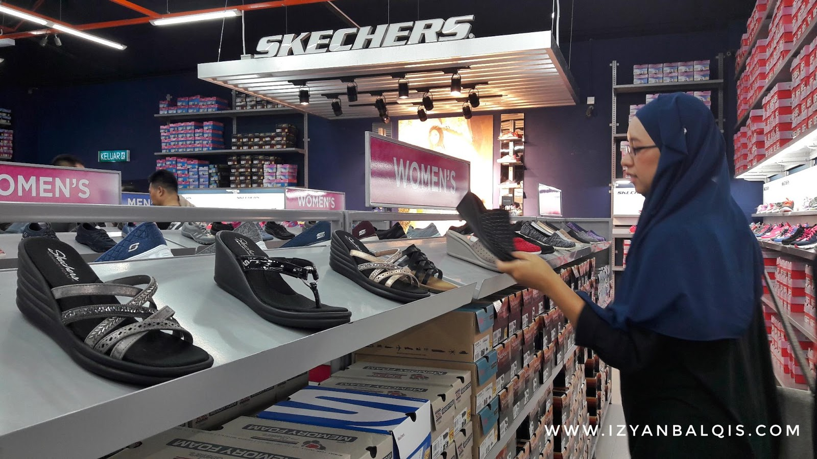 Seronok Shopping Raya Di Freeport A'Famosa Outlet, Alor Gajah Melaka