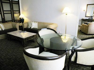 ホテルイスタナ:クラブスウィートのリビングルーム