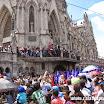2014-04-18 13-15 Quito Wielki piątek procesja przy bazylice.JPG