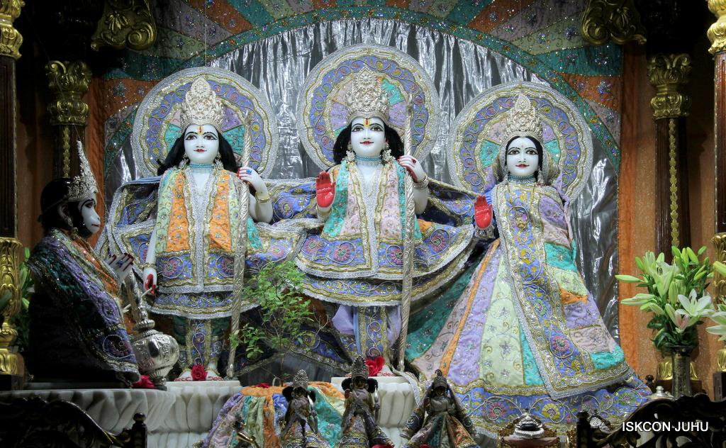 ISKCON Juhu Mangal Deity Darshan on 20th Oct 2016 (1)