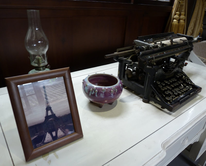 Et déjà une tour Eiffel à cette époque...