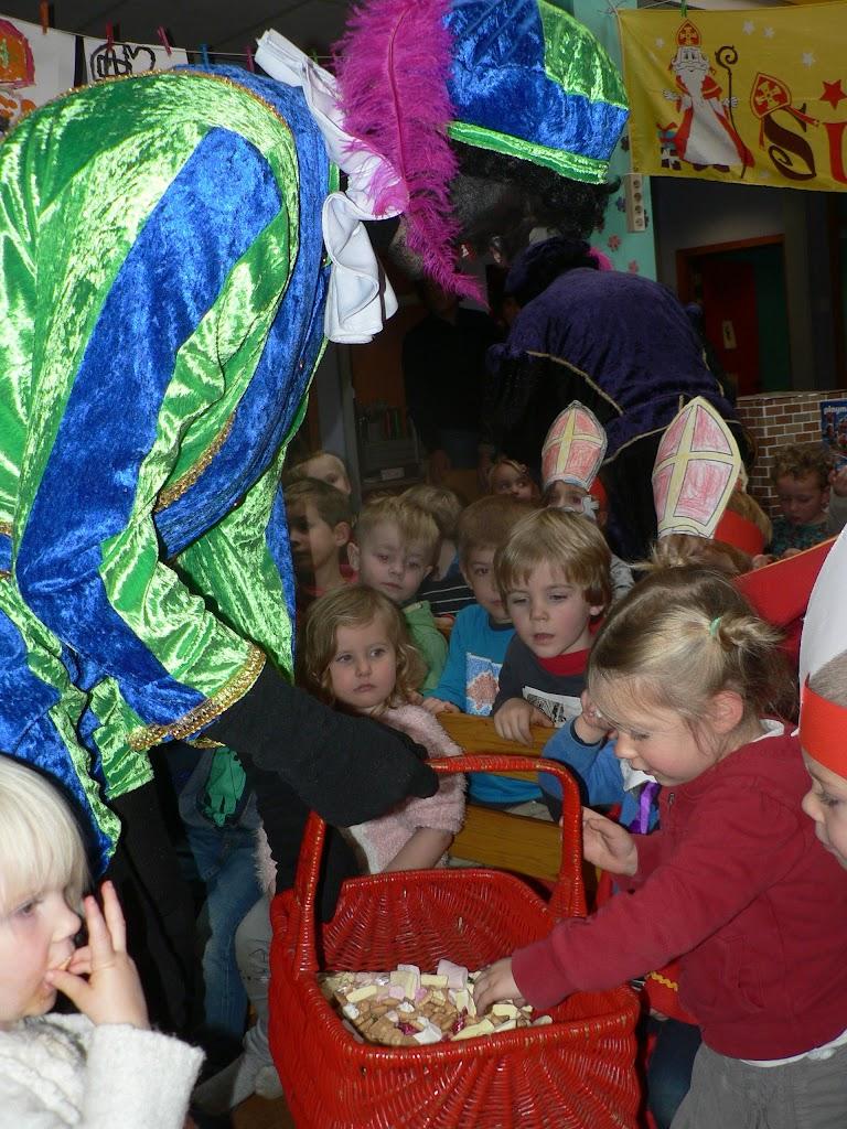 Sinterklaas op bezoek - P1270332.JPG