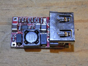 USB出力付きDC/DCモジュール