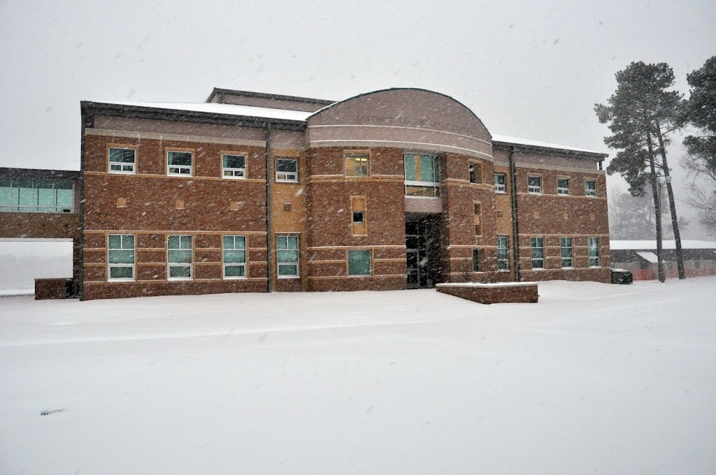 UACCH Snow Day 2011 - DSC_0001.JPG