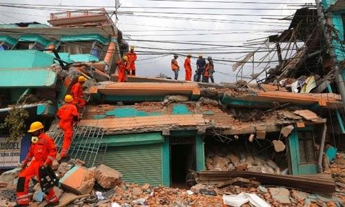 15042612340305nepalquake0424051261