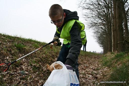 Landelijke opschoondag  Scouting overloon 10-03-2012 (46).JPG