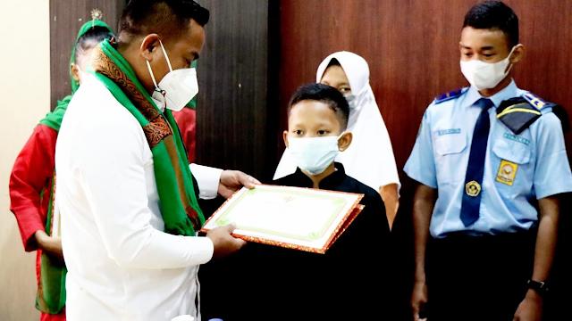 Bupati Pelalawan Jalin Silaturahmi Guru dan Siswa Berprestasi
