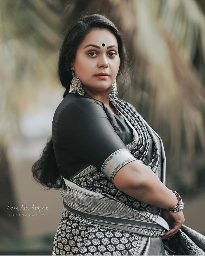 Rekha Ratheesh South Indian television Actress Latest Saree Pics