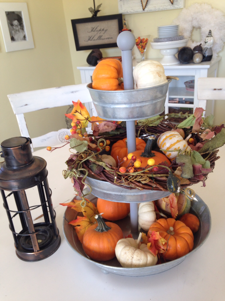 Easy fall centerpiece using mini pumpkin the style sisters for 3 tier pumpkin decoration