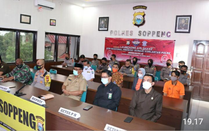 Kapolres Soppeng, Wabup dan Forkopimda Hadiri Launching Sim Nasional Presisi