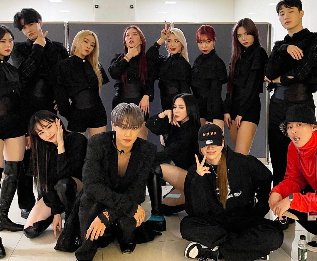 exo kai backup dancers haley_s0ng ig