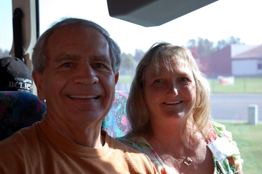 Tim Avedovech and Cyndi Holland