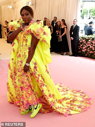 Serena Williams met gala outfit, SD news blog, met gala 2019, entertainment news Nigeria, abuja entertainment news blog, shugasdiary.com.ng, Serena Williams skimpy outfit, celebrity fashion 2019, celebrity fashion, twitter breaking news