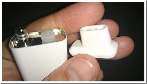 DSC 2878 thumb%25255B2%25255D - 【初心者向け】!「Eleaf iCareスターターキット」レビュー!吸うだけで電源ONベイプ、マジックの小道具になる!?【超小型、IQOSより上!】