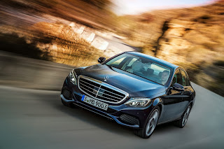 2014-Mercedes-C-Serisi-03