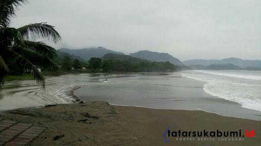 Laut Palabuhanratu Pasang, Wisatawan Jauhi Pantai