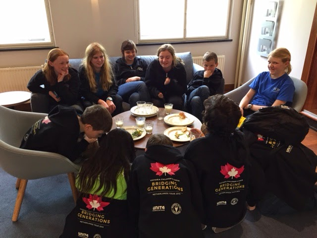 IMG-VCC-NetherlandsTour-DutchSnack-APR2015
